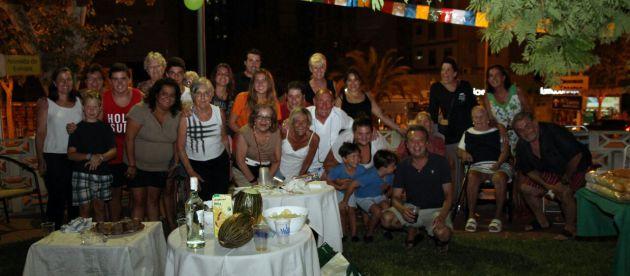 21 de Agosto 2014 Fiesta en Tamarindos de Benidorm.-